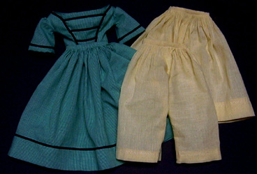 Dress for China or Greiner era dolls