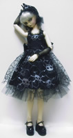 Volks Super Dollfie 13 wears a OOAK dress with skull theme